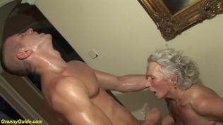 Tini les szex
