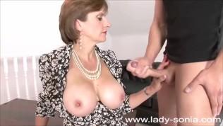 Lady Sonia imád szopni